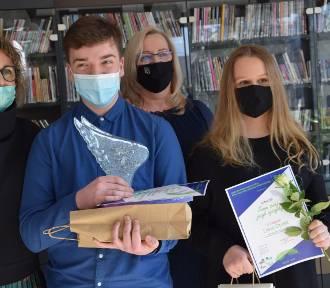 Znam swój język ojczysty. Konkurs Powiatowej Biblioteki Publicznej w Sieradzu (fot)