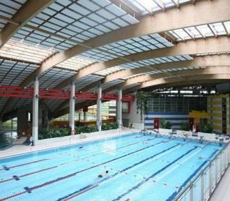 Baseny w Warszawie. Adresy i godziny otwarcia pływalni dostępnych w mieście [sezon 2016]