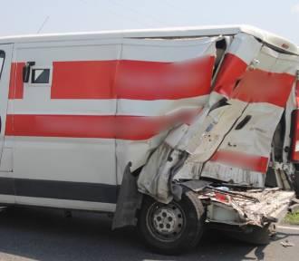 Wypadek konwoju ze znaczną ilością pieniędzy z samochodem dostawczym. ZDJĘCIA + FILM
