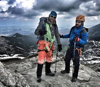 Niewidomy Dawid Gwoździk z Bełchatow zdobył czterotysięcznik w Alpach