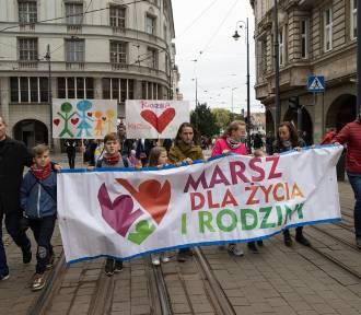 Marsz dla Życia i Rodziny przeszedł ulicami Bydgoszczy [zdjęcia, wideo]