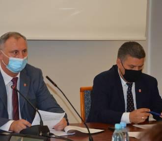 Tomasz Akulicz odwołany! Kto będzie Przewodniczącym Rady Miejskiej w Wieluniu?