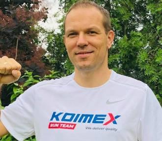 Michał Nowak z Trzciela zamiast maratonu w Afryce pobiegnie dla chorego Karola. To będzie 80 kilometrów