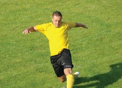 Albert Bujny był autorem honorowego gola dla Uranii w meczu z Carbo
