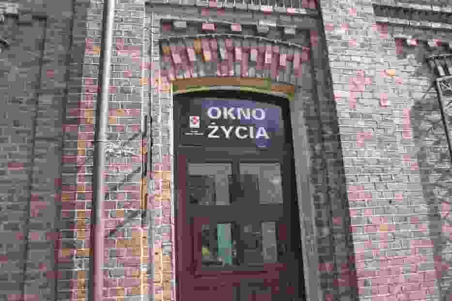 Okno życia w Kaliszu. Ktoś podrzucił noworodka