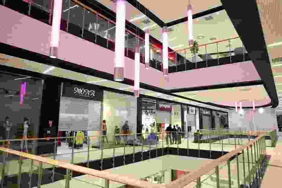 Sklepy otwarte 11 listopada w warszawie sklepy adresy Sklepy designerskie warszawa