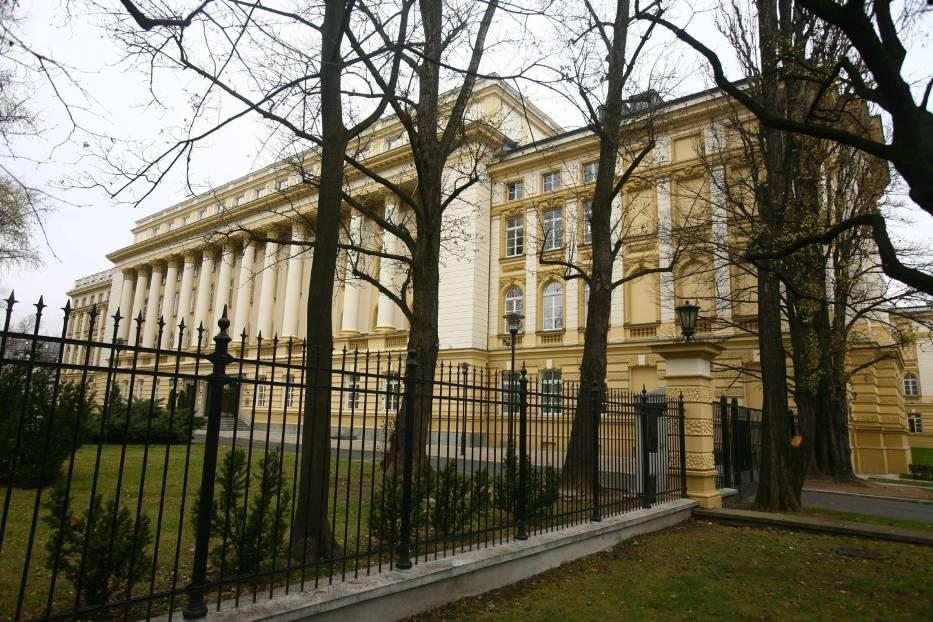 Za zmiany w przydziale rządowych mieszkań odpowiada Kancelaria Prezesa Rady Ministrów