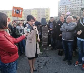 Protest nauczycieli w Jastrzębiu: PiS proponuje dodatek dla każdego z budżetu miasta. Co na to