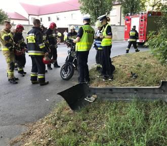 Wypadek na ul. Popiełuszki w Opolu. Motocyklista w szpitalu