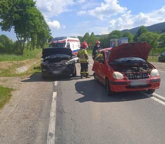 Na trasie Nowy Sącz - Krynica doszło do kolizji dwóch samochodów
