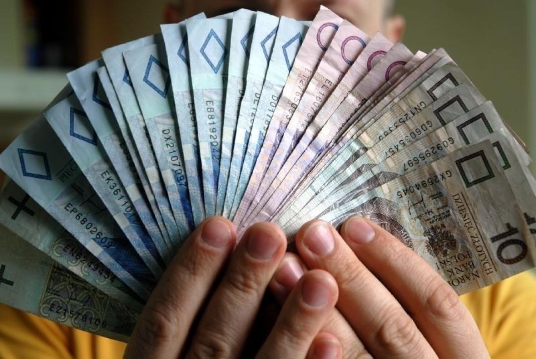 Płaca minimalna w 2021 roku zostanie podwyższona o 200 zł