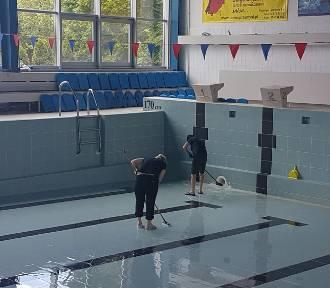 Przygotowują basen w Przemyślu do ponownego otwarcia [ZDJĘCIA]