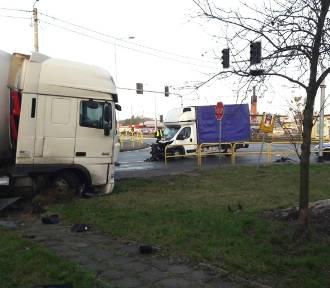 Zderzenie ciężarówek na DK nr 10 w Lipnie [zdjęcia]