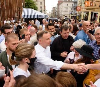 Duda i Trzaskowski ruszyli w Polskę. Mają dwa tygodnie