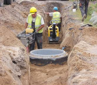 Gmina Szamocin wybuduje 15 kilometrów sieci kanalizacyjnej. Inwestycja obejmie 7 miejscowości
