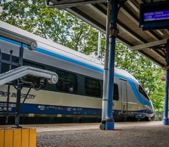 Problemy z zakupem biletów na część grudniowych pociągów