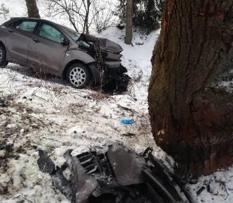 Wypadek w Ciężkowicach.17-latek został potrącony, gdy czekał na autobus [ZDJĘCIA]