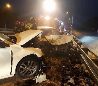 Groźny wypadek na S3. Cztery osoby w szpitalu [ZDJĘCIA]
