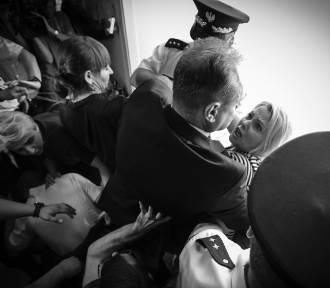 Grand Press Photo 2019 w Szczecinie. Zobacz najciekawsze zdjęcia fotoreporterów!