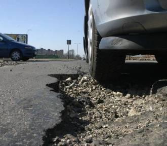 Ruszają wyczekiwane remonty dróg w powiecie oleśnickim