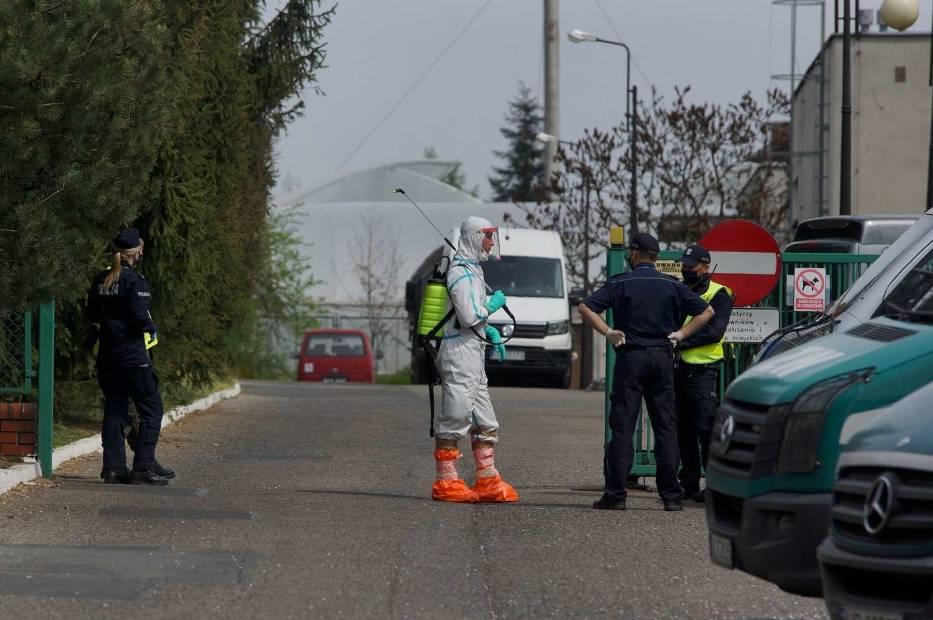 Dom Pomocy Społecznej w Kaliszu. 40 zakażonych mieszkańców ewakuowanych