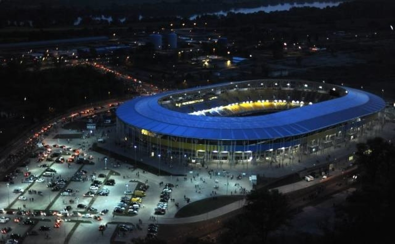 Stadion żużlowy MotoArena w Toruniu Inwestor: Inwestor PublicznyStart realizacji: 2008Koniec realizacji: 2009Pojemność: 15 550Powierzchnia: 26 649 m2