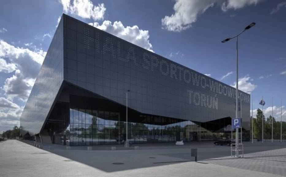 Arena ToruńInwestor: Inwestor PublicznyStart realizacji: 2013Koniec realizacji: 2014Kubatura: 327 480 m3Powierzchnia: 49 277 m2