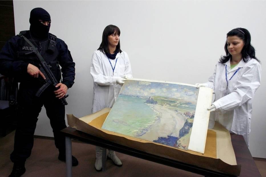 """Kradzież """"Plaży w Pourville"""" w Muzeum Narodowym w Poznaniu"""
