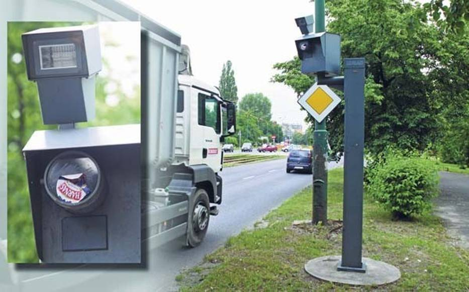 Dotąd kierowcy tylko prowizorycznymi metodami radzili sobie ze znienawidzonymi fotoradarami