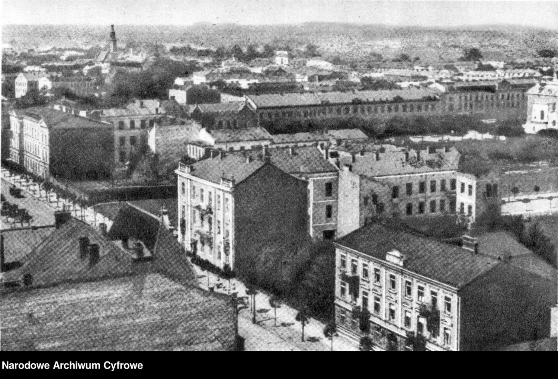 Radom i jego mieszkańcy na archiwalnych zdjęciach. Tak wyglądało życie w latach 1939-45