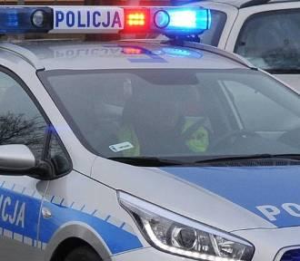 Groźny wypadek w Wilkanowie. Zderzyły się trzy auta