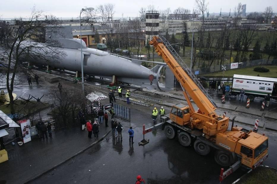 Okręt podwodny typu Kobben waży 370 ton, ma 45,5 metra długości i 4,6 metra szerokości
