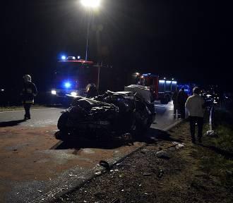 W Bobowej zdarzył się poważny wypadek. Cięko rannego kierowcę zabrał śmigłowiec