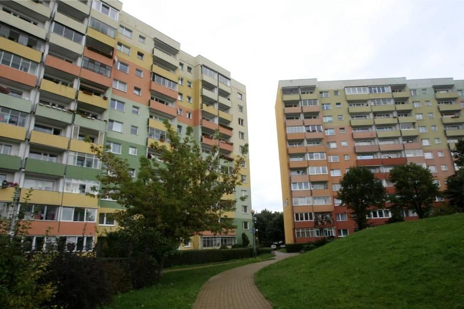 Bloki z prefabrykatów stawiano w wielu polskich miastach