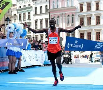 15. PZU Cracovia Maraton. Kenijczyk zwycięzcą biegu [ZDJĘCIA]