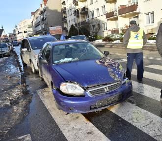 Wypadek na skrzyżowaniu w centrum miasta