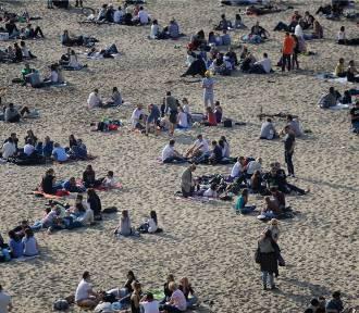 Plaże w Warszawie 2016. Sprawdźcie, gdzie można wypoczywać latem nad Wisłą [PRZEGLĄD]