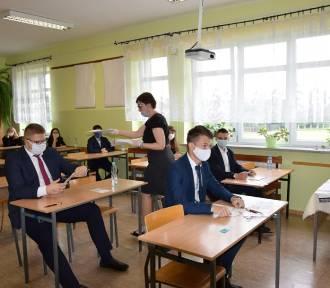 Nie będzie obowiązku noszenia maseczek w szkołach. Jest decyzja ministra