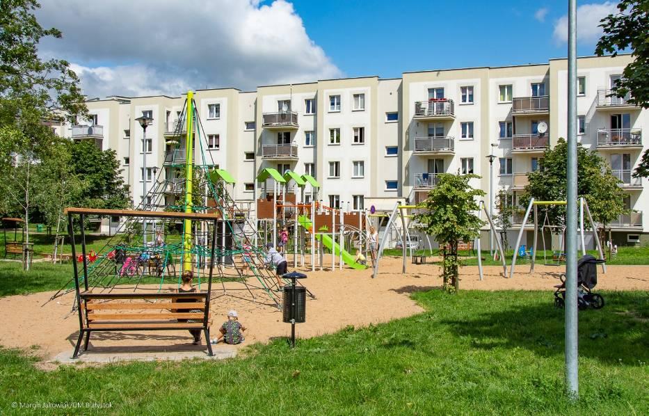 W Białymstoku powstaje mnóstwo nowych placów zabaw. Zobacz, jak wyglądają i gdzie powstaną kolejne [ZDJĘCIA]