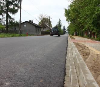 Można już jeździć wyremontowaną drogą w Zygmuntowie