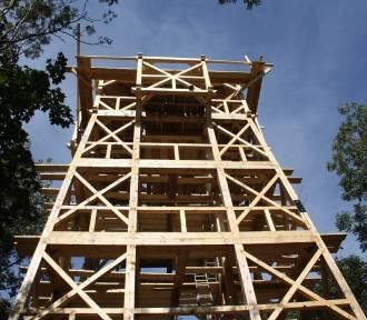 Na szczycie Cergowej stanęła wieża widokowa [ZDJĘCIA]