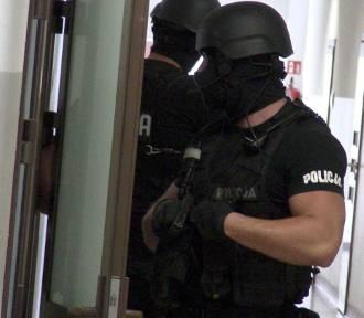 Kalisz: 28-latek napadł na stację paliw z nożem w ręce