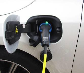 Doskonała wiadomość dla właścicieli pojazdów z napędem elektrycznym. Działa już stacja ładowania