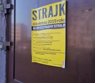 Strajk nauczycieli w Zagłębiu. Egzaminy odbywają się zgodnie z planem