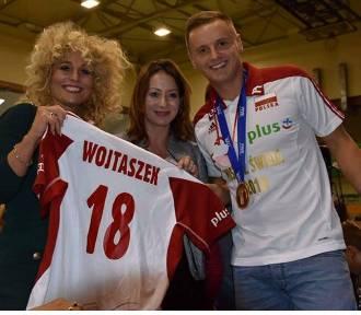 Damian Wojtaszek, mistrz świata w siatkówce, odwiedził pobliski Milicz