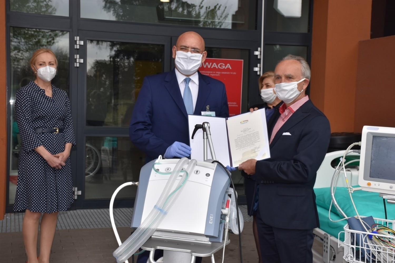 Dzięki władzom powiatu kaliskiego i gmin Wojewódzki Szpital Zespolony w Kaliszu kupił niezbędny sprzęt