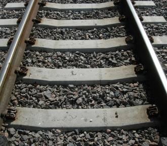 W Gdyni Orłowie pociąg SKM śmiertelnie potrącił mężczyznę. Utrudnienia w kursowaniu pociągów