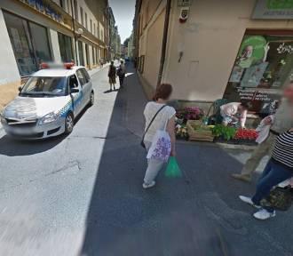 Kamera Google Street View w stolicy Karkonoszy. Zobacz mieszkańców Jeleniej Góry