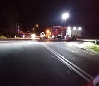 Samochód ciężarowy zderzył się z osobówką. Jedna osoba nie żyje