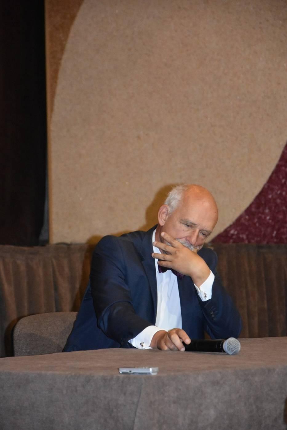Janusz Korwin - Mikke we Wrześni. Mówił o Rambo, elicie i pieniądzach, które psują międzyludzkie relacje